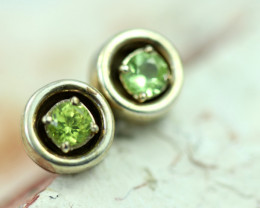 Peridot Silver Earrings   NA 825