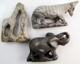 0.155 KiloThree AfricanWild Animal Carvings GG 2248