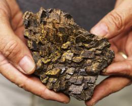 0.467 kilo  Moroccan Iron Structure Specimen  MM07