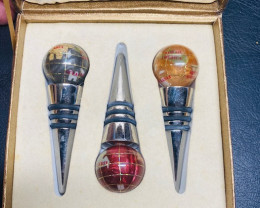 Wine Cork world Globe, 3 pieces CCC 222