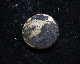 Low  Purity Gold fanam Coin 17-18th century India    CP 699