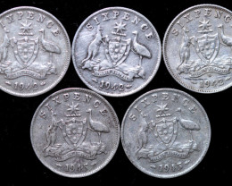 One Australian Sixpence 1942-45   .925 silver  ONE  only CC1001