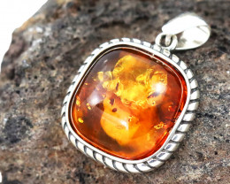 Baltic Amber Pendant , direct from Poland RN207