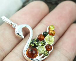 Baltic Amber Pendant , direct from Poland RN229