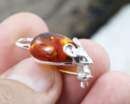 Baltic Amber Brooch, direct from Poland RN304