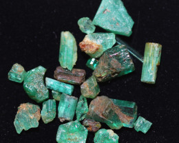 7.3 Cts parcel Emerald specimens CH 972
