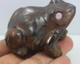 400 cts cute Australian ronstone  frog ,opal eyes CH 984