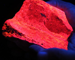 .900 kilo Fluorescent Minerals -Manganosite Peru specimen MM 115