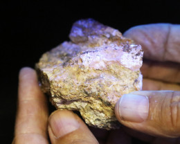.190  kilo Fluorescent Minerals -Australian Mary kathlen Mine MM 93