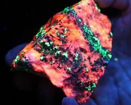 .587 kilo Fluorescent Minerals -Willemite & Calcite USA specimen MM 111