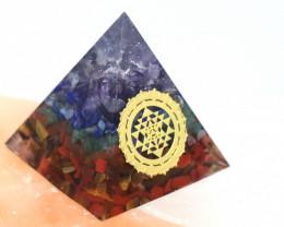 4 cm Seven Chakra Gemstone Pyramid AHA 100