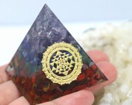 4 cm Seven Chakra Gemstone Pyramid AHA 102