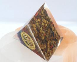 6 cm Seven Chakra Gemstone Pyramidd AHA 111