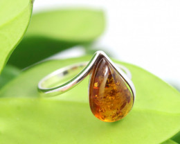 Natural  Baltic Amber Sterling Silver  Ring size R  code GI 156