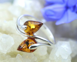 Natural  Baltic Amber Sterling Silver  Ring size R  code GI 251