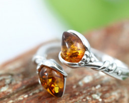 Natural  Baltic Amber Sterling Silver  Ring size R  code GI 605