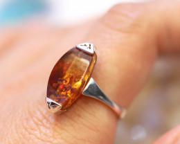 Natural  Baltic Amber Sterling Silver  Ring size R  code GI 617