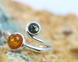 Natural  Baltic Amber Sterling Silver  Ring size R  code GI 629