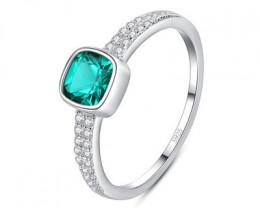 Silver 925 Quailty Emerald Green Fashion Ring size N  code CCC 1513