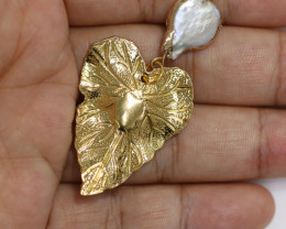 Hibicus design -Baroque Pearl & Opal Pendant 24k Gold Plated CCC 1527