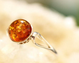 Natural  Baltic  Amber Sterling Silver Ring size K  code GI 706
