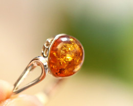 Natural  Baltic  Amber Sterling Silver Ring size P  code GI 711