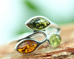 Natural  Baltic  Amber Sterling Silver Ring size R  code GI 719