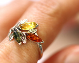 Natural  Baltic  Amber Sterling Silver Ring size N  code GI 725