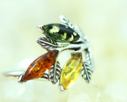 Natural  Baltic  Amber Sterling Silver Ring size N  code GI 726