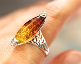 Natural  Baltic  Amber Sterling Silver Ring size P  code GI 735