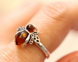 Natural  Baltic  Amber Sterling Silver Ring size N  code GI 759