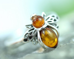 Natural  Baltic  Amber Sterling Silver Ring size P code GI 752