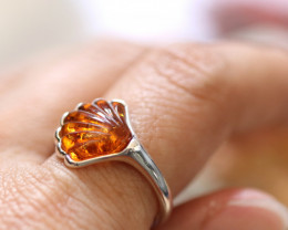 Natural  Baltic  Amber Sterling Silver Ring size K  code GI 778