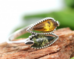 Natural  Baltic  Amber Sterling Silver Ring size P  code GI 808