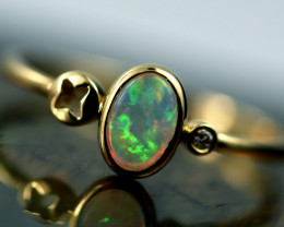 Crystal Opal set in18k Yellow Gold Ring SizeN  CK 696