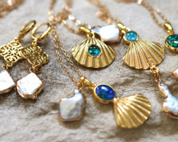 Sea Collection - Classic Shell design with Aussie Opals Wholesale CH 1065