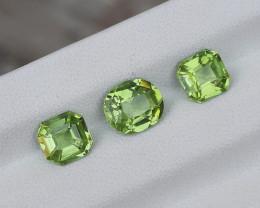 3.25 Carats Natural Peridot Nice Cut Gemstone