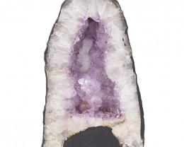 7.061kg Amethyst Cathedral Geode DS914