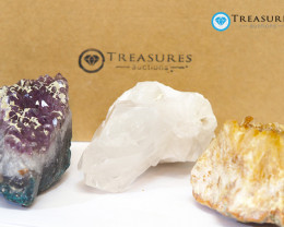 1.35 kilo Amethyst & Citrine & Crystal Specimen Collection Box CF 225