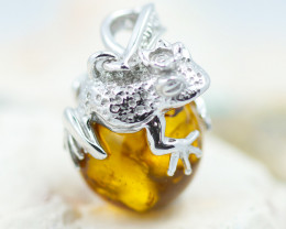 Baltic Amber Frog  Pendant ,direct from Poland AM1543