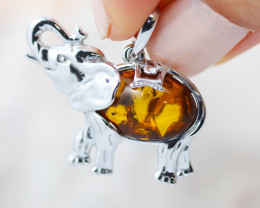 Baltic Amber Elephant  Pendant ,direct from Poland AM1555