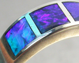 Aust - P Size INLYED OPAL RING SIZE 8-9 18 K WHITE GOLD CK 229