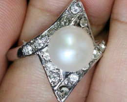 Natural Fresh Water Pearl Ring size   N     BU  2546