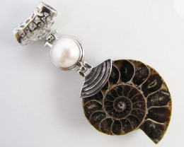 80 Cts AMMONITE PENDANT WITH NICE PEARL MJA 1108