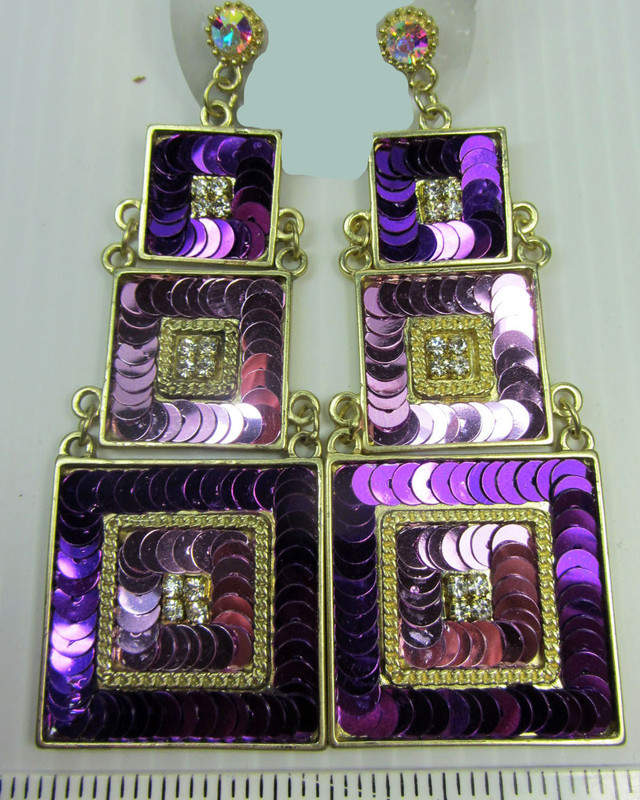 3 TIER STUNNING SEQUINCE EARRINGS QT 140