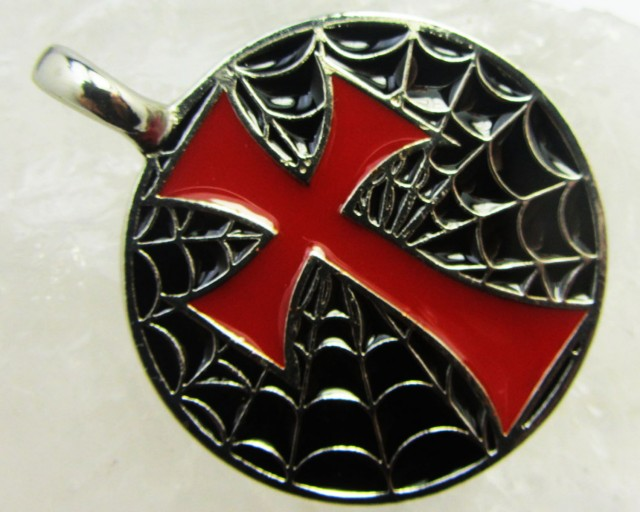 FREE SHIPPING QUALITY MADE PEWTER PENDANT  QT 622