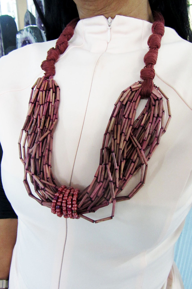 UNIQUE FASHION CHUNKY  STYLE  NECKLACE    QT168