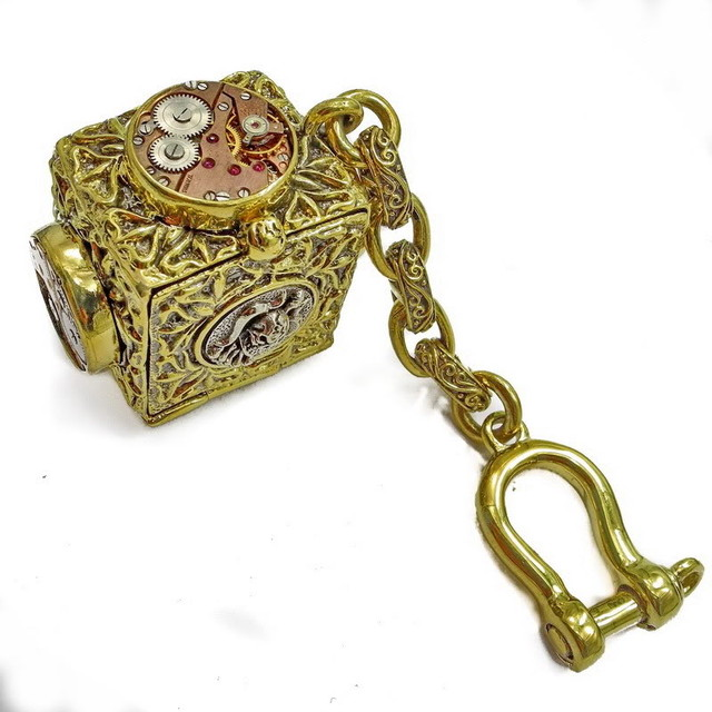 Men's Steampunk Keychain, Altered Art, Geekery, Skullbox
