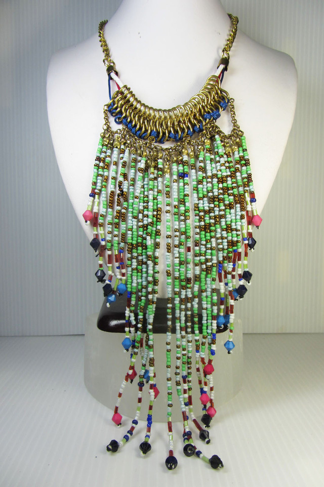 FASHION WILD BEADS    STYLE  NECKLACE    QT223