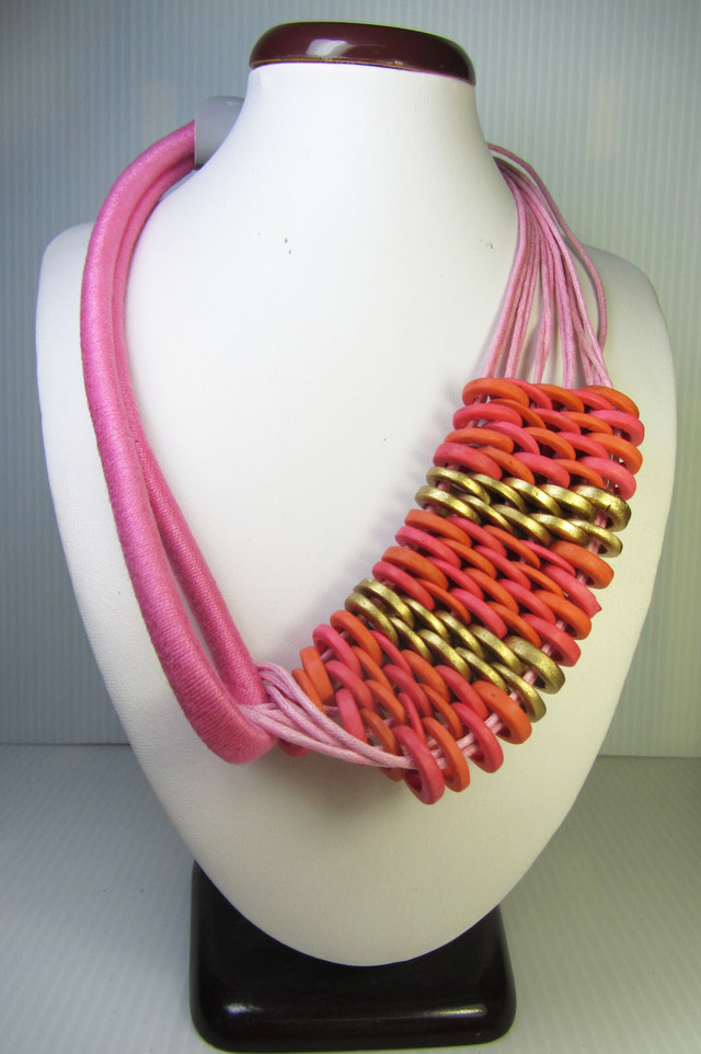 FASHION NATURAL  PINK BEADS  NECKLACE    QT224